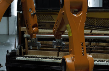 AUTOMATICA – Robots Vs. Music – Nigel Stanford